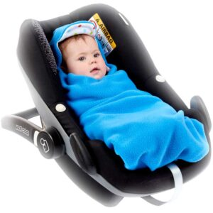 a morrck baby car seat blanket in bright blue fleece and bright spot cotton jersey