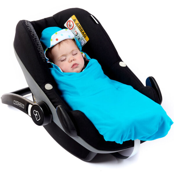 turquoise-with-bright-spot-lightweight-baby-car-seat-blanket-in-car-seat